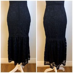 bebe Dresses - 💜NWT Bebe Sleeveless Black Lace Statement Dress S